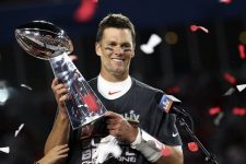 Tom Brady wins historic 7th Super Bowl